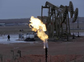 U.S. Oil Prices Hit $40 a Barrel, Extending Recent Rally